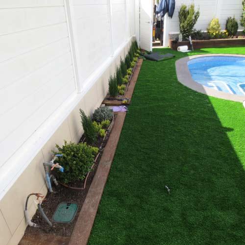 Ajardinamiento c sped artificial jardiner a l espigol - Cesped artificial jardineria ...