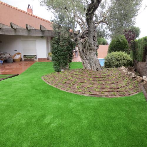 Instalaci n c sped artificial jardiner a l espigol en for Jardineria sabadell